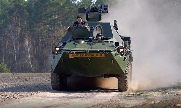 """Theo Tổng Giám đốc UkrOboronProm ông Pavlo Bukin, Ukraine đã gửi cho Thái Lan """"bộ linh kiện máy móc đầu tiên"""" BTR-3KSH để nước này sản xuất trong nước theo giây phép. Tuy nhiên, phía Ukraine không tiết lộ rằng họ sẽ sản xuất bao nhiêu chiếc tại Thái Lan. Nguồn ảnh: Ukrspecexport"""