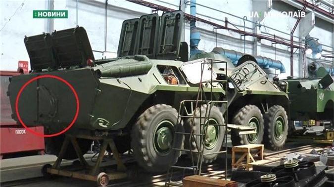 "Bang chung Ukraine thu ""khung"" tu xe thiet giap Nga-Hinh-10"