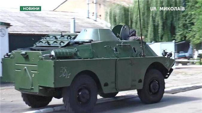 "Bang chung Ukraine thu ""khung"" tu xe thiet giap Nga-Hinh-11"