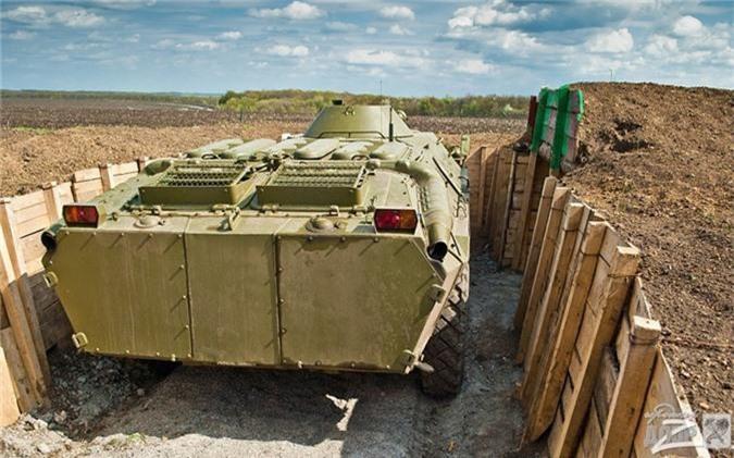 "Bang chung Ukraine thu ""khung"" tu xe thiet giap Nga-Hinh-12"