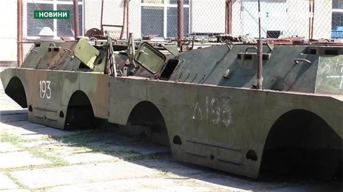 "Bang chung Ukraine thu ""khung"" tu xe thiet giap Nga-Hinh-2"