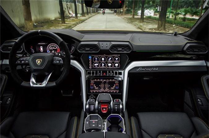 Dai gia Dang Le Nguyen Vu tau Lamborghini Urus 22 ty dong-Hinh-6