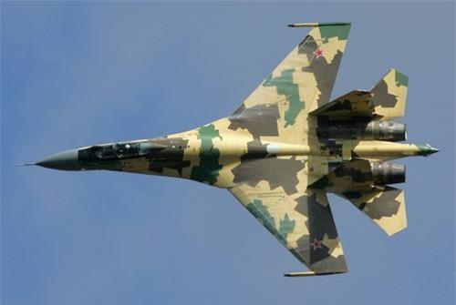 Su-35 là sự thay thế xứng đáng cho MiG-31. Ảnh: Military Today.