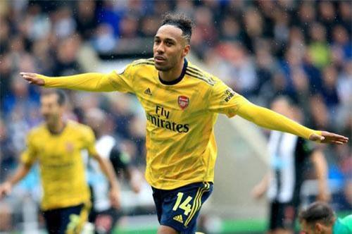 Tiền đạo: Pierre-Emerick Aubameyang (Arsenal).