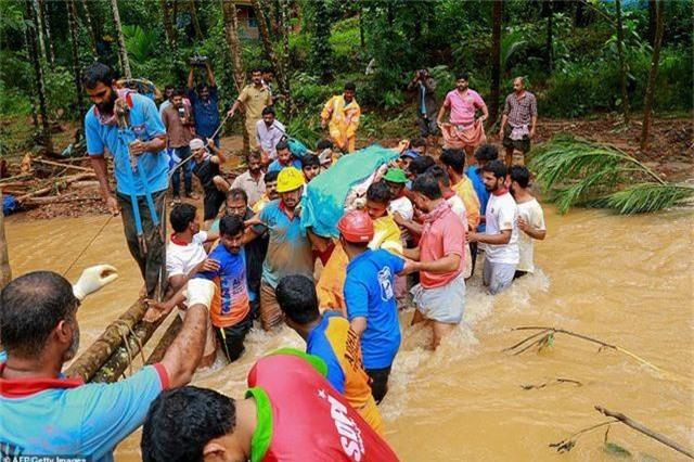 Lũ kinh hoàng khiến 152 người thiệt mạng ở Ấn Độ - 4