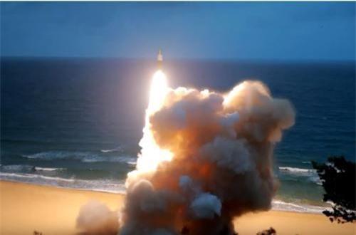 Hiện chưa rõ liệu tên lửa đạn đạo của Triều Tiên có khả năng mang đầu đạn hạt nhân hay không? Nguồn ảnh: CACC