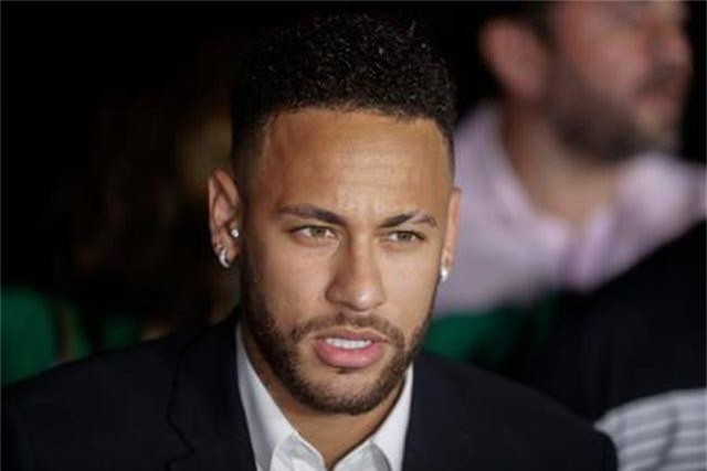 """Neymar mừng rơn khi chính thức """"trắng án"""" hiếp dâm - 1"""
