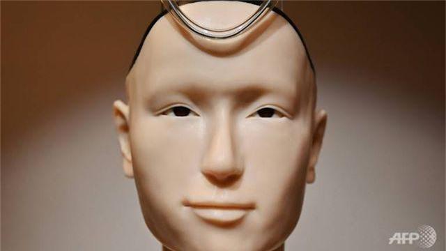 """Đền thờ 400 tuổi Nhật Bản gây """"sốt"""" vì dùng nhà sư robot giá 1 triệu USD - 2"""