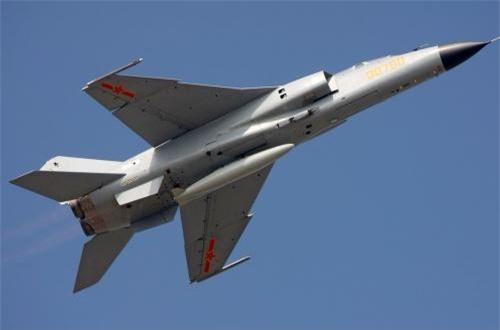 Wei Dongxu - chuyên gia quân sự ở Bắc Kinh nói với Hoàn Cầu rằng, thiết kế khí động học của JH-7A II dường như không khác nhiều so với JH-7A, tuy nhiên các hệ thống bên trong đã được nâng cấp nhiều. Nguồn ảnh: Airliners.net