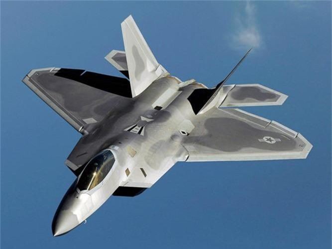 My mang chien dau co F-22