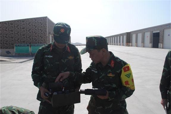 "Soi dan vu khi ""khung"" Viet Nam duoc dung thu o Nga - Trung-Hinh-10"