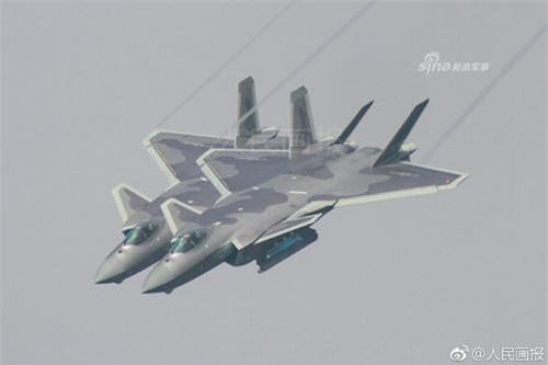 Tiêm kích tàng hình J-20 của Không quân Trung Quốc. Ảnh: Sina.