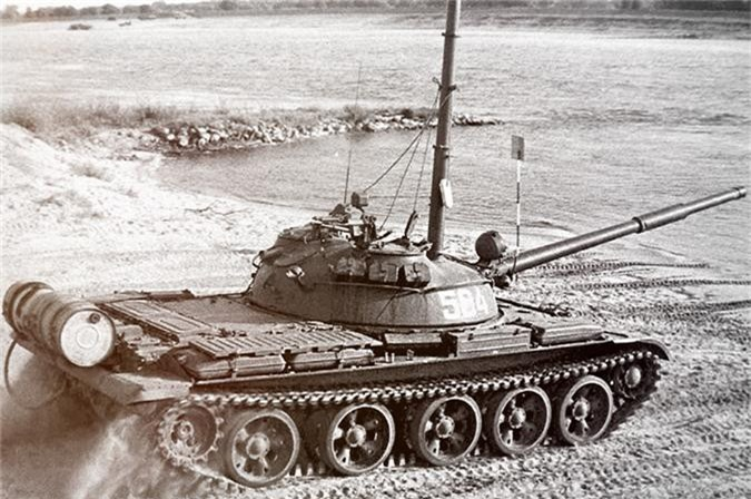 Cuc hiem canh xe tang T-62 Viet Nam dien tap hiep dong-Hinh-10