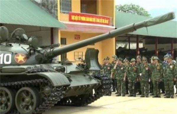 Cuc hiem canh xe tang T-62 Viet Nam dien tap hiep dong-Hinh-5
