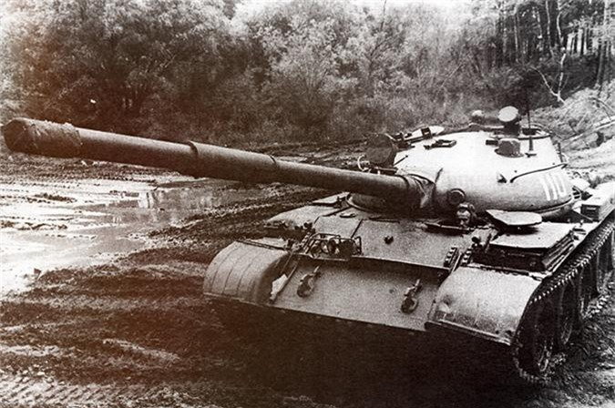 Cuc hiem canh xe tang T-62 Viet Nam dien tap hiep dong-Hinh-7
