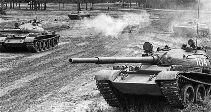 Cuc hiem canh xe tang T-62 Viet Nam dien tap hiep dong-Hinh-9