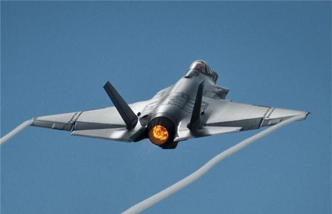 Ngo ngang thu nguoi My vua them vao may bay F-35-Hinh-4