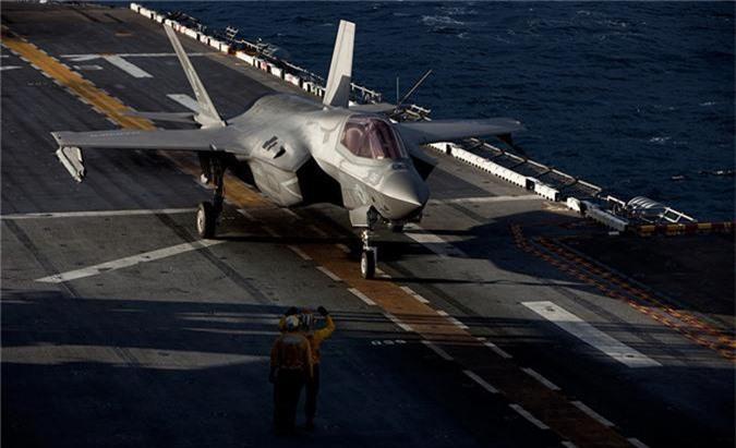 Ngo ngang thu nguoi My vua them vao may bay F-35-Hinh-6