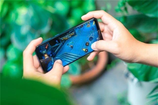 """Galaxy M30 ghi điểm mạnh với loạt công nghệ """"sang xịn"""" - 3"""