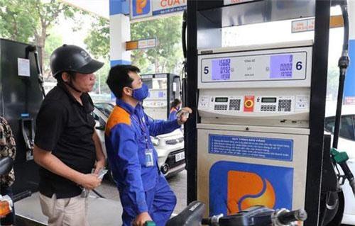 Giá xăng được dự báo tiếp tục giảm.