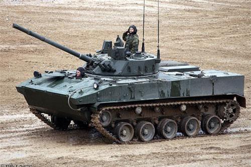 Hãng thông tấn TASS dẫn nguồn tin tổ hợp công nghiệp - quốc phòng Nga cho hay, xe chiến đấu đổ bộ đường không BMD-4M của lính dù Nga có thể nhận được hệ thống tên lửa chống tăng Kornet, được thiết kế để tăng hỏa lực của xe. Nguồn ảnh: Vitaly-Kuzmin