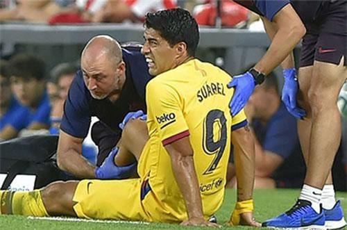 nhiều khả năng sẽ không có sự phục vụ của Luis Suarez ở một vài trận tới