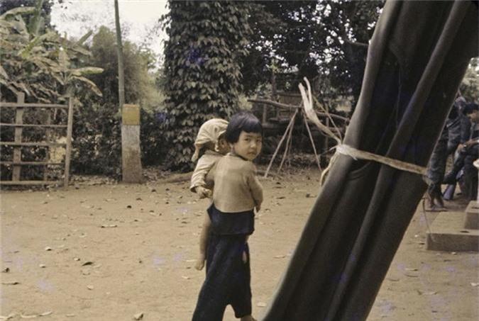 Anh thu vi ve thi tran Dat Do, Ba Ria - Vung Tau nam 1965-Hinh-12