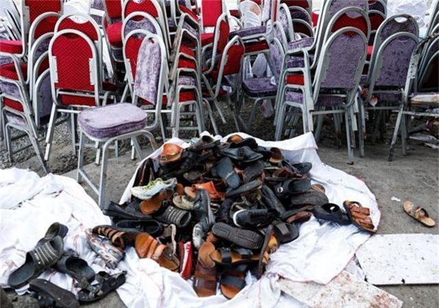 Đánh bom kinh hoàng giữa đám cưới gồm 1.200 khách, 63 người thiệt mạng - 4