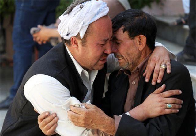 Đánh bom kinh hoàng giữa đám cưới gồm 1.200 khách, 63 người thiệt mạng - 7