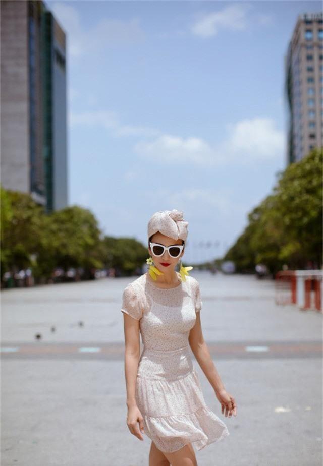 Hoa hậu Ngọc Diễm gợi ý mặc đẹp xuống phố - Ảnh 6.