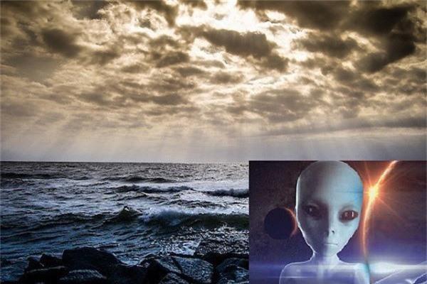 Rất có thể căn cứ bí mật của người ngoài hành tinh ở dưới đáy biển? - Ảnh 2.