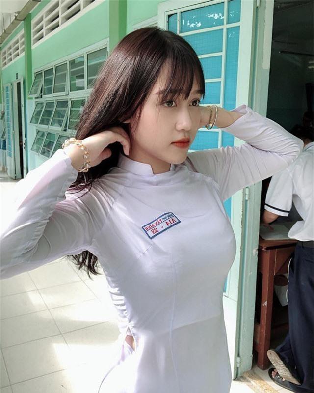 Xuất hiện cô nàng hot girl 2k1 xinh như búp bê, nhưng vòng một mới là điểm tạo nên sự chú ý - Ảnh 16.