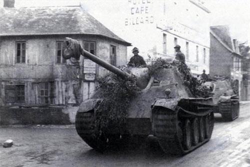 Mang tên Jagdpanther hay còn có tên gọi khác là Sd.Kfz. 173, là khẩu pháo tự hành được cho là hoàn hảo nhất của Đức trong Chiến tranh Thế giới thứ 2. Nguồn ảnh: Warhistory.