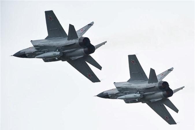 May bay nem bom, ban rocket cuc suong mat o cuoc thi phi cong quan su-Hinh-4