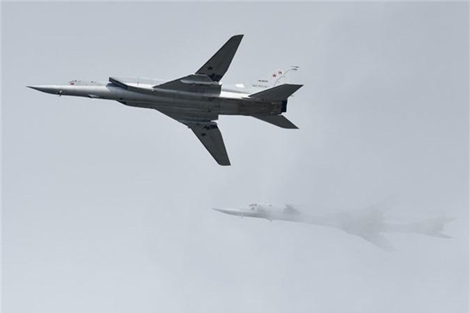 May bay nem bom, ban rocket cuc suong mat o cuoc thi phi cong quan su-Hinh-9