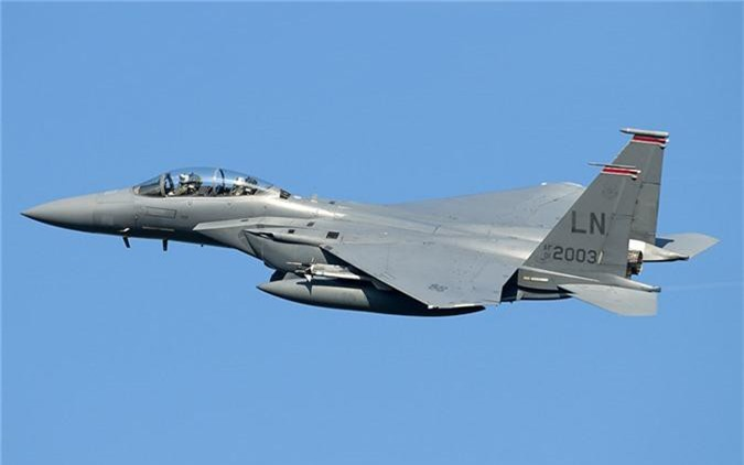 Mo xe tiem kich F-15SG xin nhat Dong Nam A cua Singpore-Hinh-3