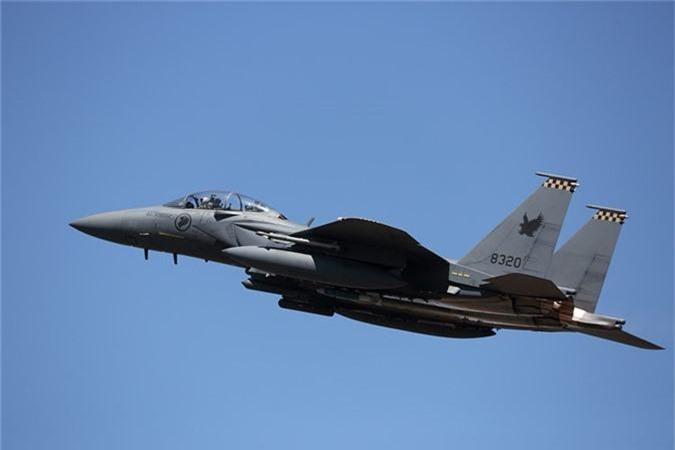 Mo xe tiem kich F-15SG xin nhat Dong Nam A cua Singpore-Hinh-7