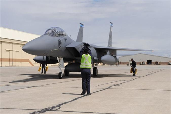Mo xe tiem kich F-15SG xin nhat Dong Nam A cua Singpore-Hinh-9