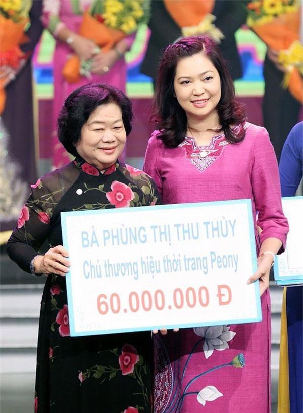 doanh nhân Phùng Thị Thu Thủy cũng đã từng tham gia rất nhiều chương trình từ thiện, đóng góp cho cộng đồng xã hội những việc làm hết sức có ý nghĩa.