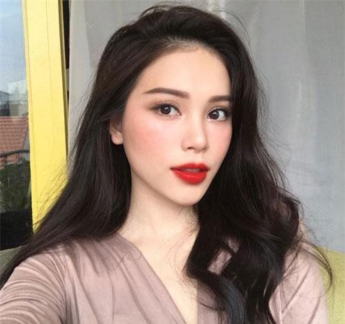 Không chỉ gây ấn tượng về tài năng, Phương Linh còn rất xinh đẹp.