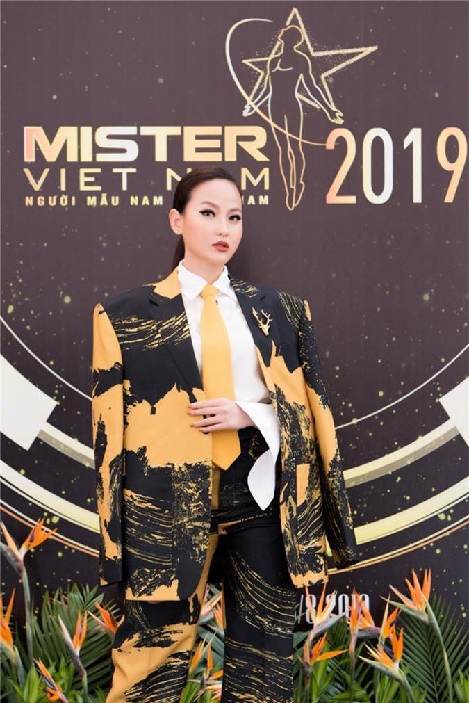Miss Globe - Đỗ Trần Khánh Ngân