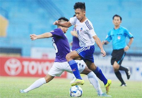 Hà Minh Tuấn đang chơi xuất sắc trong màu áo Quảng Nam mùa này