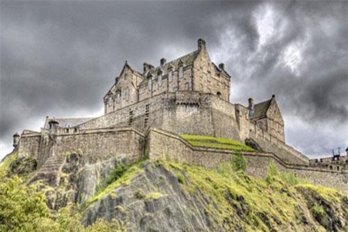 Lâu đài ma ám