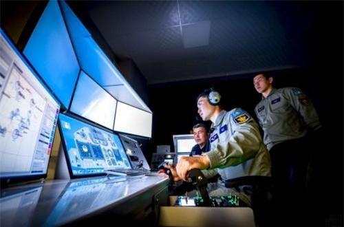 Theo các chuyên gia quân sự Kazakhstan, hệ thống mô phỏng cải thiện đáng kể quá trình đào tạo phi công quân sự và tiết kiệm tài nguyên của máy bay chiến đấu. Ảnh: Informburo