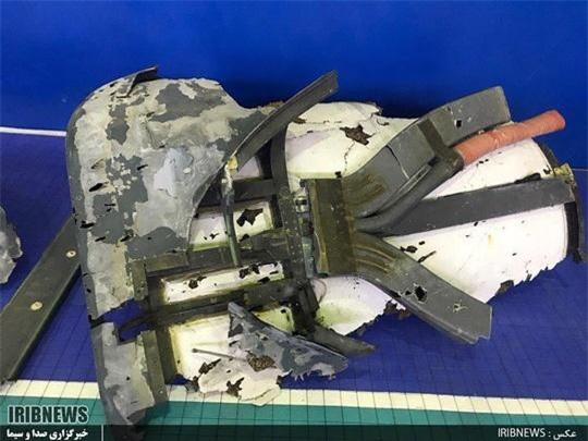 Ảnh các mảnh vỡ của UAV do Iran công bố. Ảnh: Tasnim, IRIB