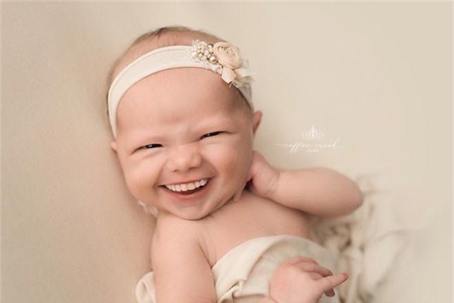 Bộ ảnh chứng minh lí do vì sao trẻ sơ sinh không nên có răng khiến ai xem cũng phải giật mình thon thót - Ảnh 4.