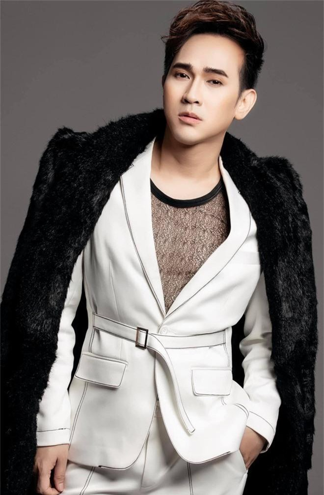 Ca sĩ Nguyên Vũ bị bầu show gạ tình, đề nghị dọn về sống chung 5 năm để lăng xê tên tuổi - Ảnh 7.