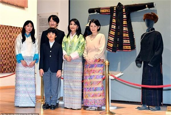 Chân dung thần tiên tỷ tỷ của Hoàng gia Bhutan, nàng công chúa tài sắc vẹn toàn, làm điên đảo cộng đồng mạng trong suốt thời gian qua-5