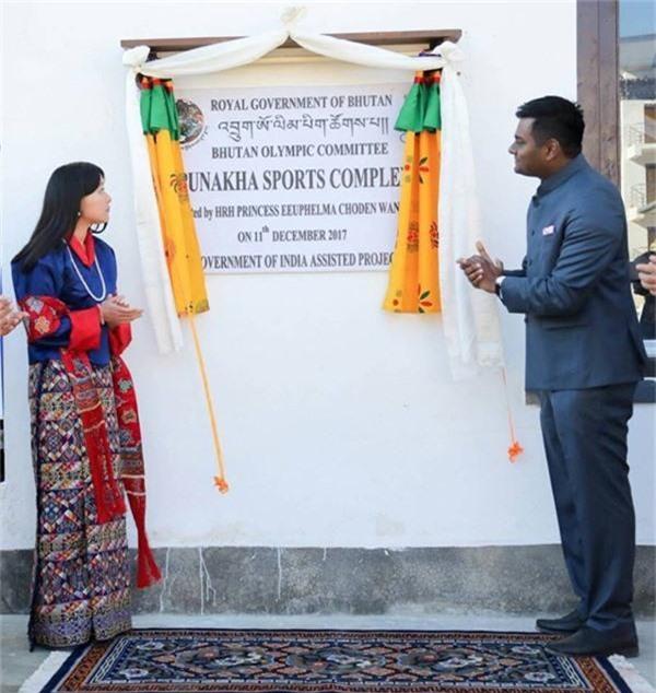 Chân dung thần tiên tỷ tỷ của Hoàng gia Bhutan, nàng công chúa tài sắc vẹn toàn, làm điên đảo cộng đồng mạng trong suốt thời gian qua-6