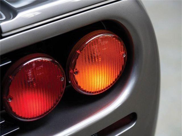 Gần 20 triệu USD cho một chiếc McLaren đời 1994 - Vì sao? - 10
